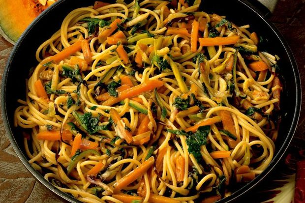 Sote sebzeli spaghetti...