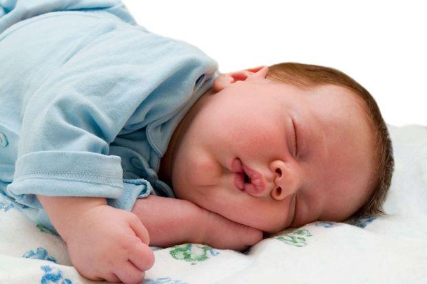 Bebekteki reflü belirtileri!