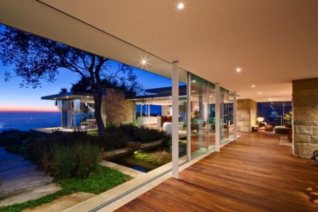 Amerika'da manzara ve çağdaş tasarımı buluşturan ev