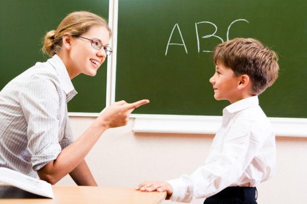 Çocuğunuz yabancı dile yatkın değil mi? İşte çözümleri...