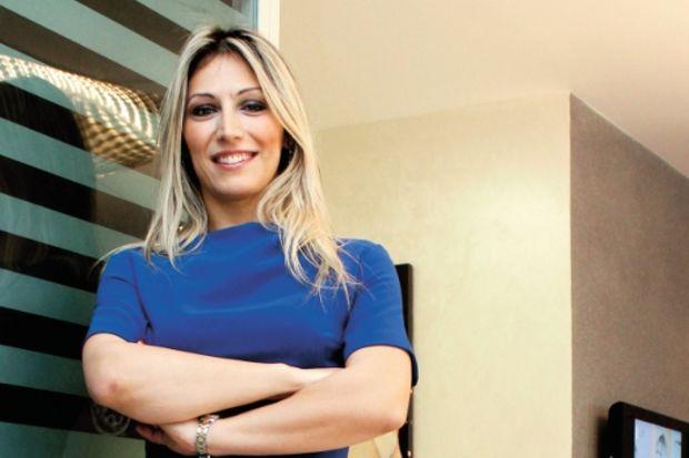 Gökçen Erdoğan: Evlilik yıldönümü hediyesi: kızlık zarı!