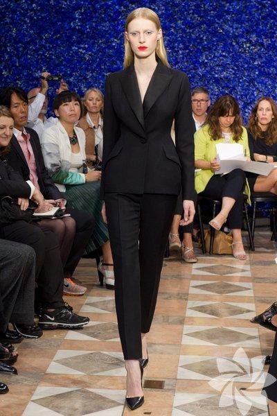 Christian Dior 2012 Haute Couture Sonbahar Kış defilesinden fotoğraflar...