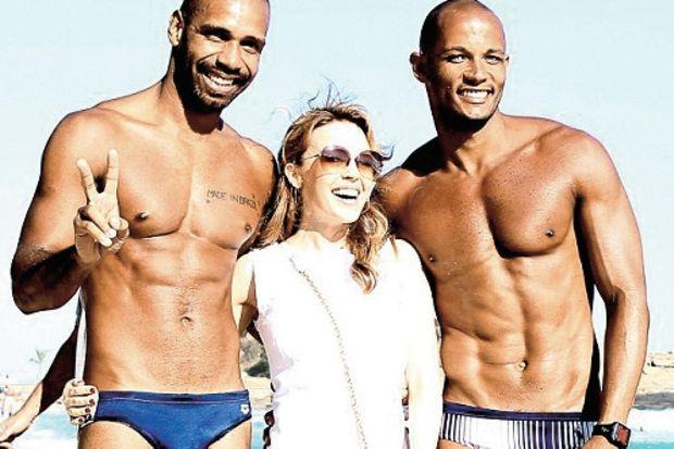 """Kylie Minogue: """"Baklavalarınızla fotoğraf istiyorum!"""""""