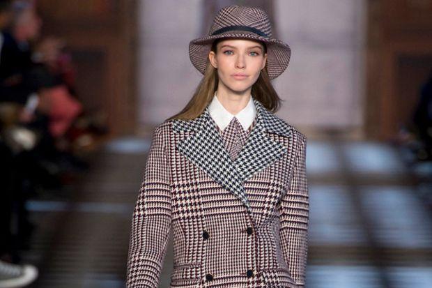 Sonbahar ve kış şapkalarla güzel...