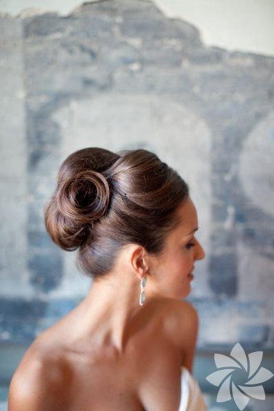 Nişan için saç modeli
