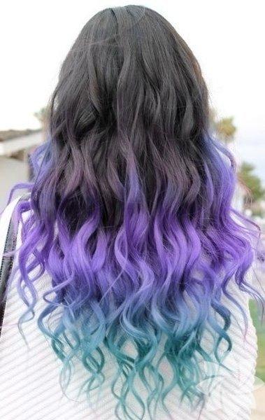 Saçınızın uçlarının birkaç ton açılması ile başlayan ombre trendi şimdi yerini daha farklı renklere bıraktı.