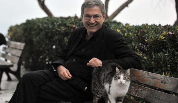 Orhan Pamuk: Aşkın çoğu beklemektir