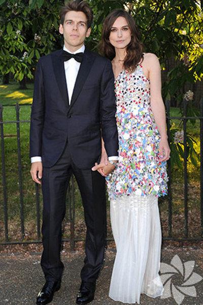 Hollywood'ın hamile ünlüler arasında Keira Knightley'de var artık.