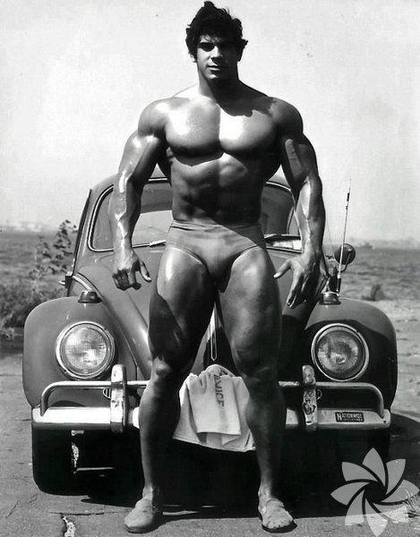 Hulk, Stan Lee'nin Marvel için yarattığı en ünlü karakterlerden biri. 70'li yıllarda vücut geliştirme şampiyonu Lou Ferrigo'nun canlandırdığı haliyle televizyon dizisi olarak üçüncü boyuta transfer oldu. Sinemadaki ilk uyarlamasını ünlü yönetmen Ang Lee gerçekleştirdi. İşte size bu film karakterinden etkilenen Hulk vücutlu erkekler...  Hulk vücudu