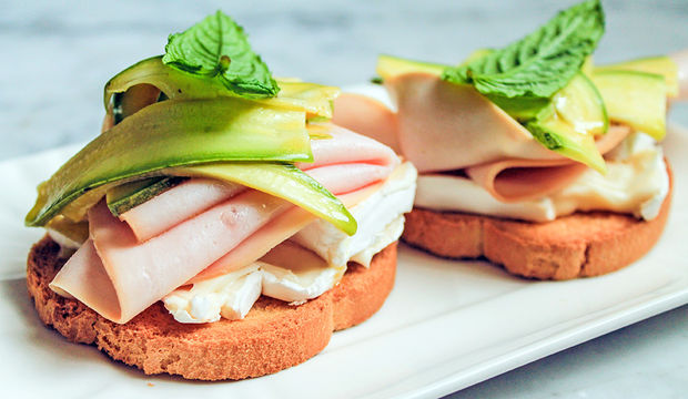 Kabak marineli sandviç