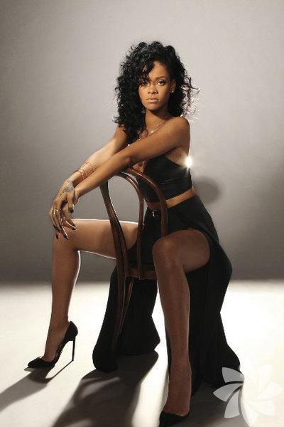 Rihanna'nın bacakları 1 milyon dolara sigortalı