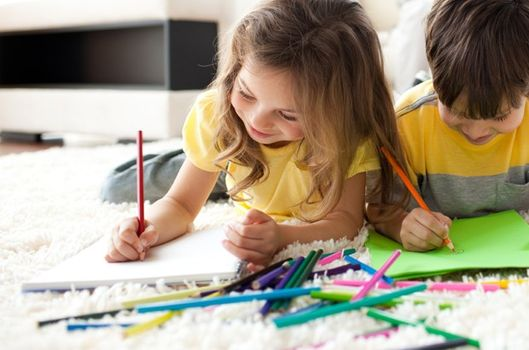 Çocuklarınıza çizmeyi öğretmenin 14 yolu