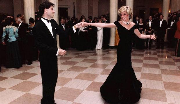 Prenses Diana elbiseleri sergileniyor